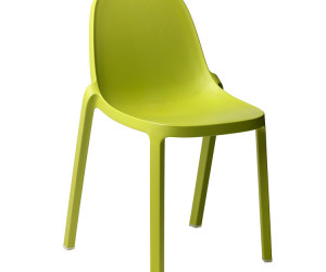 f-1-emeco-broom-green